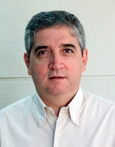 Dr. Ricardo Cronembold
